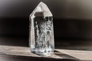 crystal-1685590_1920